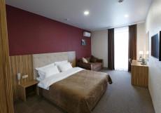 Sky Lux Hotel - Скай Люкс Отель Улучшенный номер с кроватью размера