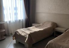 Гостинично-развлекательный комплекс Ока (ЖД Вокзал) - Классические Номера Большой двухместный номер с 2 отдельными кроватями