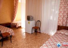 ДРУЖБА санаторий (город Геленджик, на набережной) Однокомнатный 3-местный номер категории стандарт