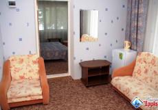 ДРУЖБА санаторий (город Геленджик, на набережной) Двухкомнатный 2-местный номер категории стандарт +