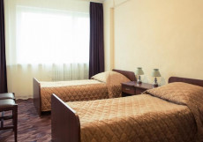 ПОКРОВСКОЕ - СТРЕШНЕВО (м. Щукинская, м. Сокол) Полулюкс — двухкомнатный номер с двумя раздельными кроватями