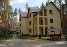 ДВЕ РЕКИ гостиничный комплекс (Шебекинский район, пос. Титовка) Трёхместный номер люкс в корпусах