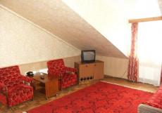 МАЛИНКИ КЛАБ-ОТЕЛЬ (г. Иваново, 6 км от центра) Двухкомнатный номер в гостинице