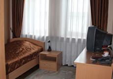 ГОСТИНИЦА ГОСТИНЫЙ ДВОР (г.Новокузнецк, центр) Номер 1 категории в отдельном коттедже