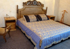 КАМЕЛОТ | г. Омск | VIP-сауна | Парковка Представительский люкс (кровать