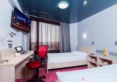 Маринс Парк Отель - Marins Park Hotel Yekaterinburg Улучшенный двухместный номер с 2 отдельными кроватями