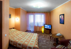 ГЛОБУС (г. Пермь, автовокзал) Улучшенный двухместный номер с 1 кроватью