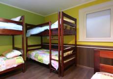 COME & GO Хостел (м. Новокузнецкая, Третьяковская) Кровать в общем 5-тиместном номере