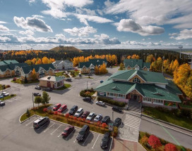 На семи холмах | Ханты-Мансийск | Биатлонная трасса | Горнолыжный спуск | Включён завтрак