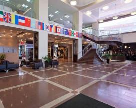 Маринс Парк Отель Новосибирск | г. Новосибирск | Парковка | CПА-ЦЕНТР