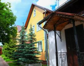 Гостевой дом на Правой Набережной | Переславль-Залесский | Парковка