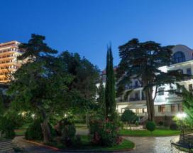 Ривьера Sunrise Спа отель