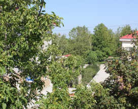 Дамиан | пос. Кабардинка | рядом с автобусной станцией | семейные номер | общая кухня