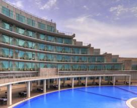 Ramada Baku Hotel - Рамада Баку Хотел | 1-линия | частный пляж | бассейн