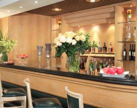 Starhotels Vespucci   Кампи-Бизенцио   улица Лоджия-дель-Меркато-Нуово   Парковка