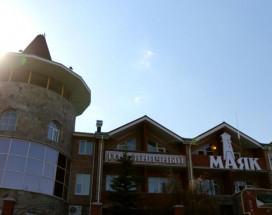 МАЯК ОТЕЛЬ | курорт Банное | cауна | прокат лыж