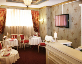 PASTEL Пастель Бутик-отель   Парк Метеогорка   Парковка