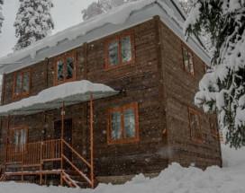 LaraHouse | Архыз | р. Большой Зеленчук | Лыжная школа