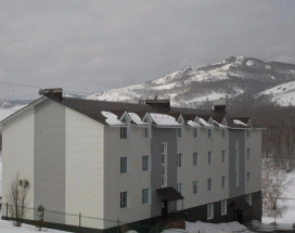Studio apartment Altynai | village Green| lake Bathing | skiing