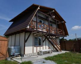 Гостевой дом Лыжа | Зеленая Поляна | озеро Банное | Катание на лыжах
