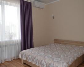 Бриз Северный   гостевой дом   Севастополь   Парковка