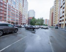Апартаменты на Горького 83 | Тюмень | Парковка