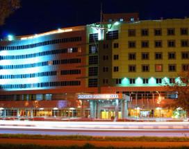Пасифик Плаза Сахалин | Горнолыжный курорт Горный Воздух | г. Южно-Сахалинск | Парковка