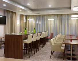 Hampton by Hilton Minsk City Centre - Хэмптон Бай Хилтон Минск Сити Центр | С завтраком