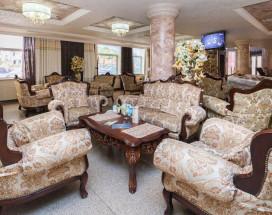 Amici Grand Hotel | Краснодар | Парковка