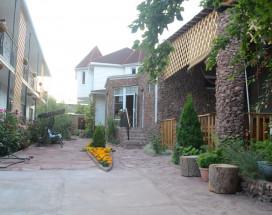 Гостевой дом Сказка | Каджи-Сай | о. Иссык-Куль | Парковка
