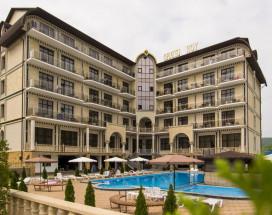 Hotel Grand Noy - Отель Гранд Ной