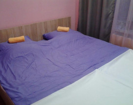 7 Sky Hostel