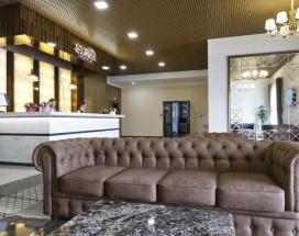 Sky Lux Hotel - Cкай Люкс Отель - Отличные Завтраки