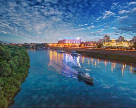 МАРИНС ПАРК ОТЕЛЬ | Нижний Новгород| в центре | бассейн | CПА | парковка|