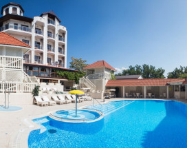 ЕВРОПА | г. Геленджик | 1 линия | бассейн | детская площадка
