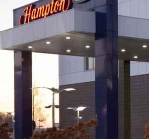 ХЭМПТОН БАЙ ХИЛТОН - HAMPTON BY HILTON (м. Строгино, Крокус Экспо)