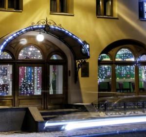 Бутик-отель Три МостА (г. Санкт-Петербург, возле реки Нева)