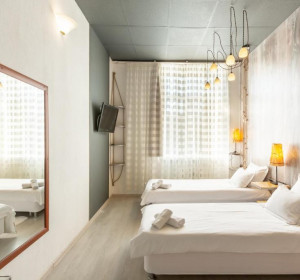 Отель Ананас - Hotel Ananas
