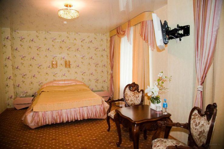 Pogostite.ru - РЕНЕССАНС | г. Владивосток | центр | бесплатный Wi FI | парковка #9