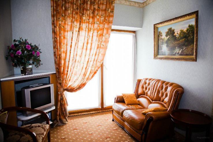Pogostite.ru - РЕНЕССАНС | г. Владивосток | центр | бесплатный Wi FI | парковка #15