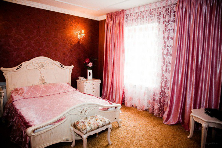 Pogostite.ru - РЕНЕССАНС | г. Владивосток | центр | бесплатный Wi FI | парковка #5