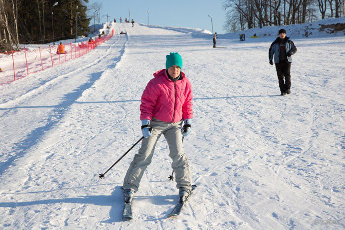 Pogostite.ru - СОЛНЕЧНАЯ ПОЛЯНА | ПОДМОСКОВЬЕ | катание | горнолыжная трасса | покататься | хоккей #2