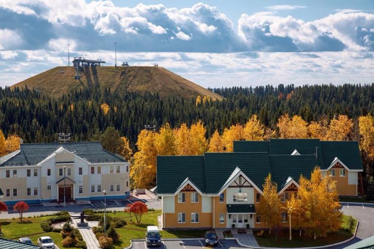 Pogostite.ru - На семи холмах | Ханты-Мансийск | Биатлонная трасса | Горнолыжный спуск | Включён завтрак #1