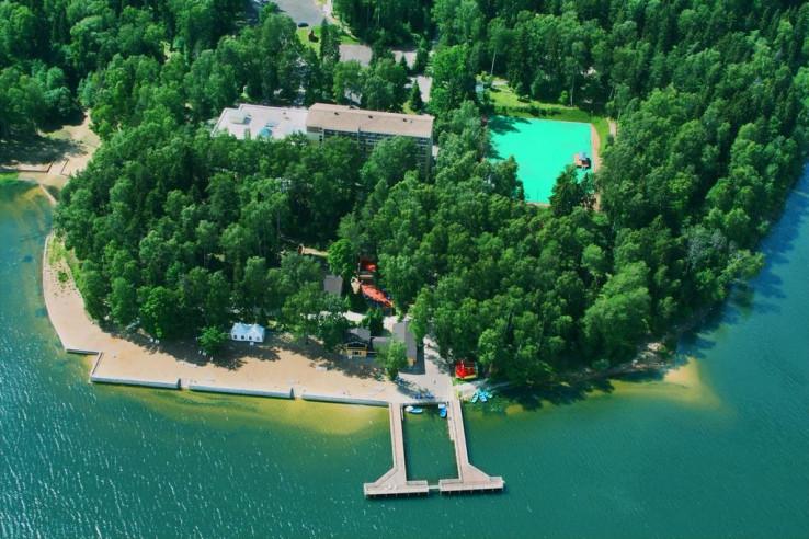 Pogostite.ru - CRONWELL PARK АВАНТЕЛЬ ИСТРА | Бассейн с аквагорками | Детский клуб | Оборудованный пляж #1