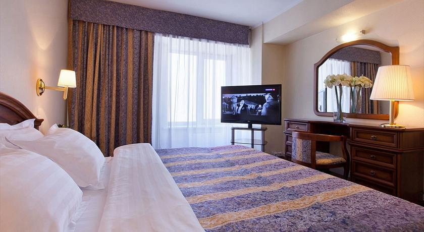 Pogostite.ru - Маринс Парк Отель Новосибирск | г. Новосибирск | Парковка | CПА-ЦЕНТР #35