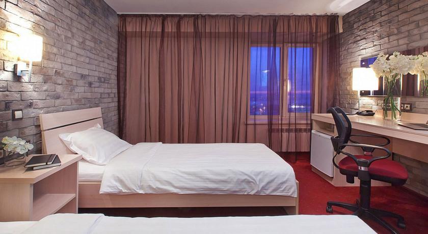 Pogostite.ru - Маринс Парк Отель Новосибирск | г. Новосибирск | Парковка | CПА-ЦЕНТР #44