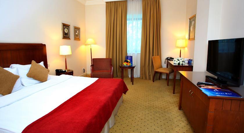 Pogostite.ru - РЭДИССОН БЛЮ - Radisson Blu Hotel | Узбекистан, г. Ташкент | В центре | Фитнес-центр #6