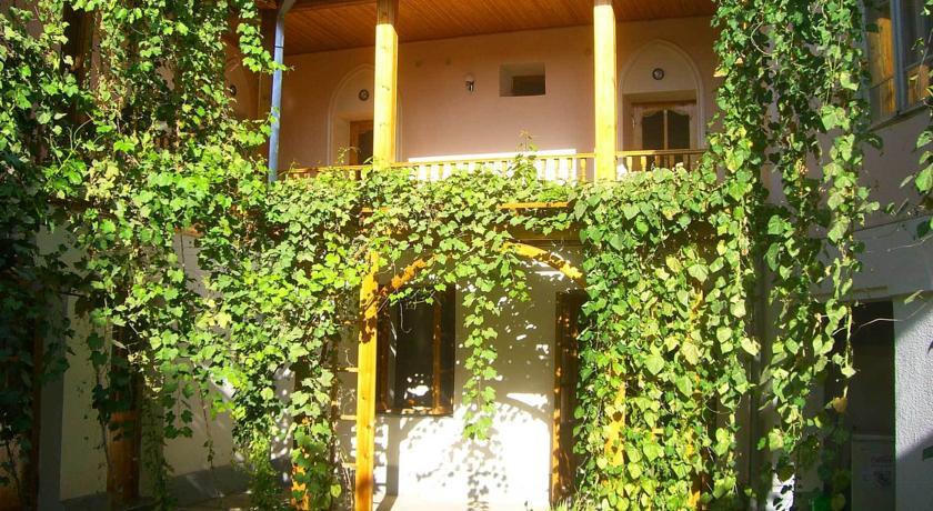 Pogostite.ru - ДЖАХОНГИР - Jahongir B&B | г. Самарканд | Центр | бесплатный Wi-Fi #12