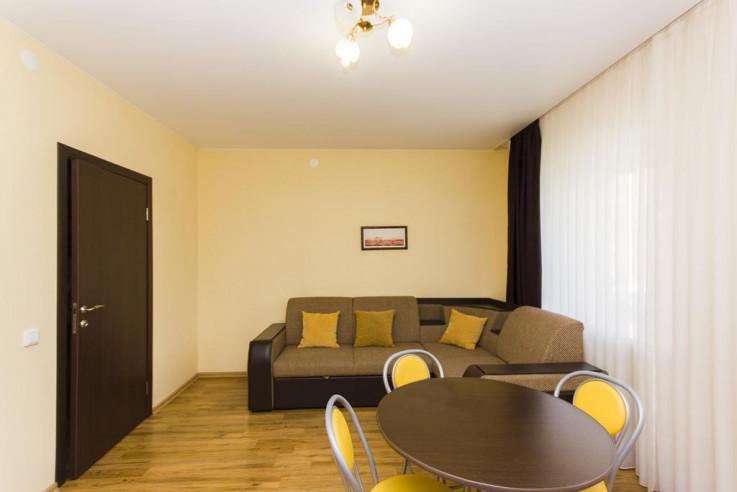 Pogostite.ru - ГРИН ХАУС - GREEN HOUSE | г. Тюмень, центр | Парковка #32