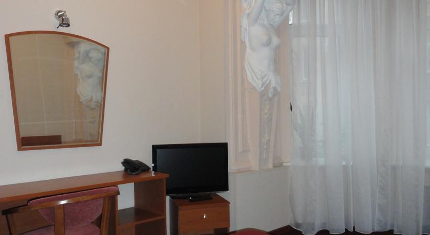 Pogostite.ru - Ринальди Олимпия | м. Технологический Институт | дети бесплатно #39